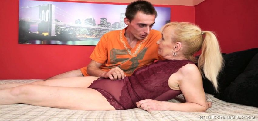 gratis sculacciata porno video